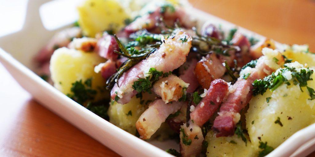 【vlog】ベーコンとジャガイモの炒め物