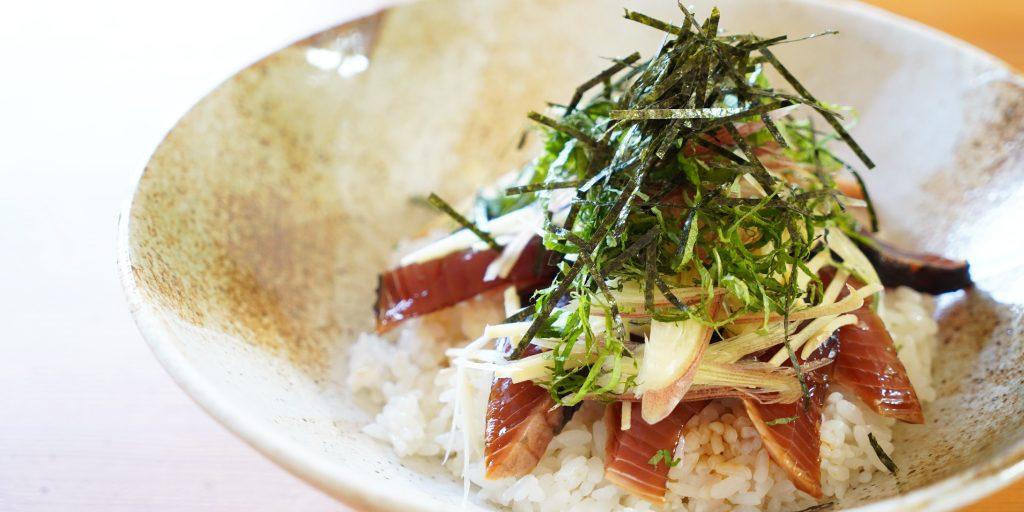 鰹のたたきの手こね寿司